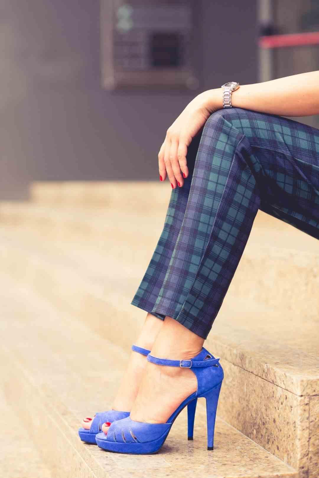 Sandale cu toc şi platformă 1