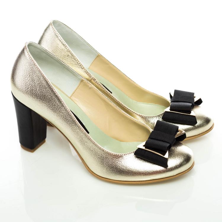 Pantofi clasici cu fundă 2