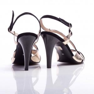 Sandale cu baretă 4