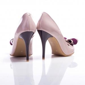 Pantofi stiletto cu fundă 4