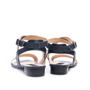 Sandale roz 4