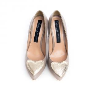Pantofi cu inimioara