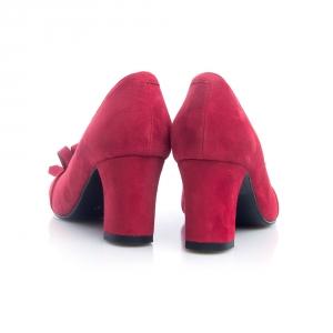 Pantofi rosii 4