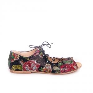 Sandale joase cu șiret 3