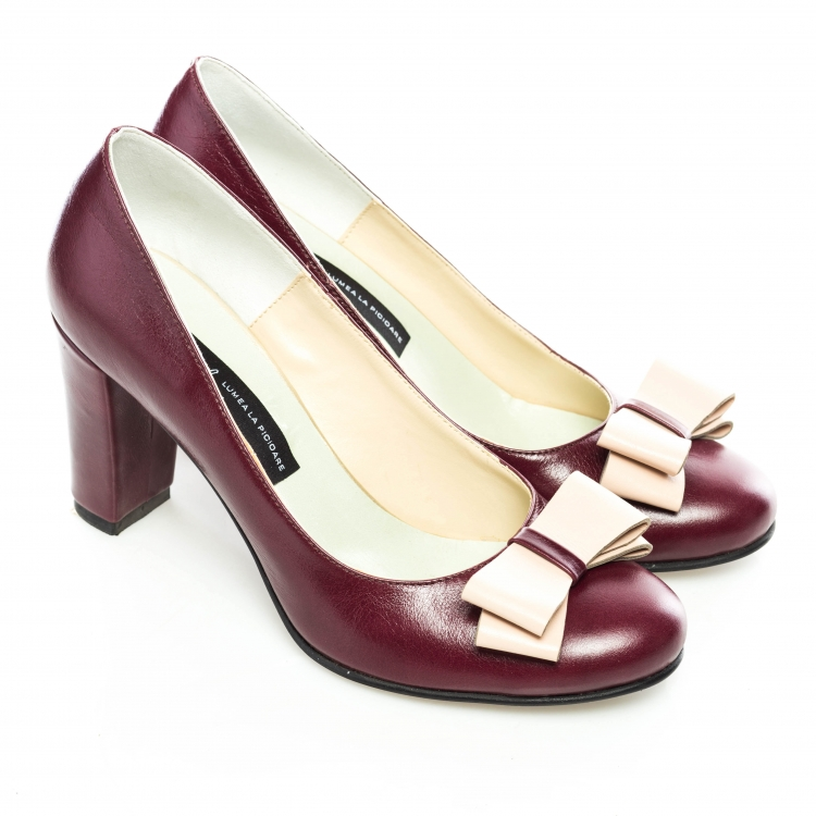 Pantofi clasici cu fundiţă 1