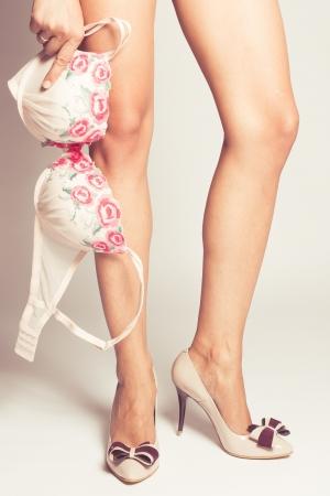 Pantofi stiletto cu fundă