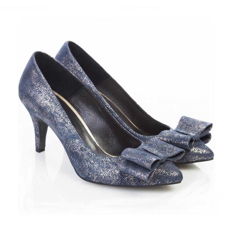 Pantofi cu toc mic 3