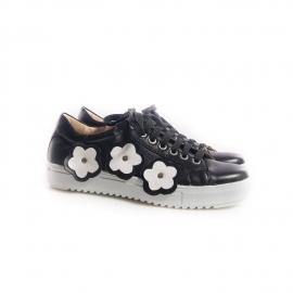 Sneakersi cu flori