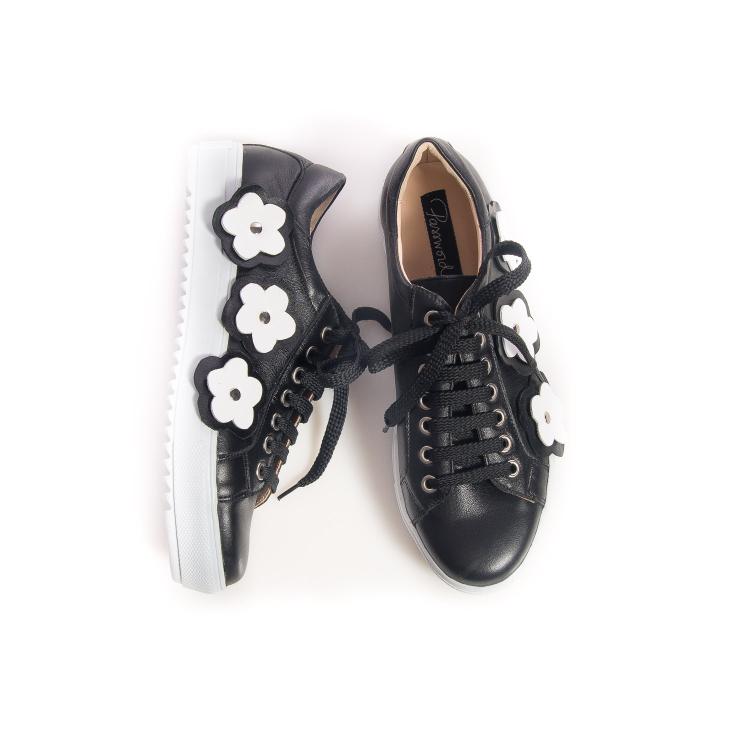Sneakersi cu flori 4
