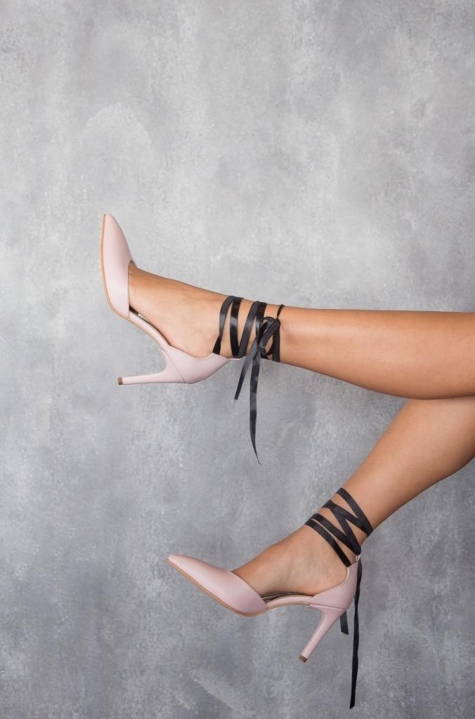 Pantofi roz pal