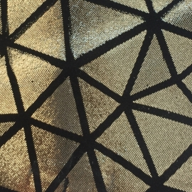 Auriu cu triunghiuri negre