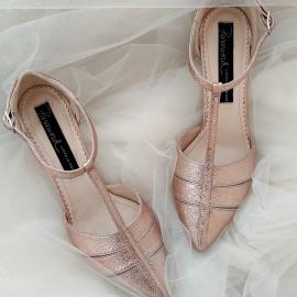 Pantofi de mireasa deosebiti cu toc mic 2