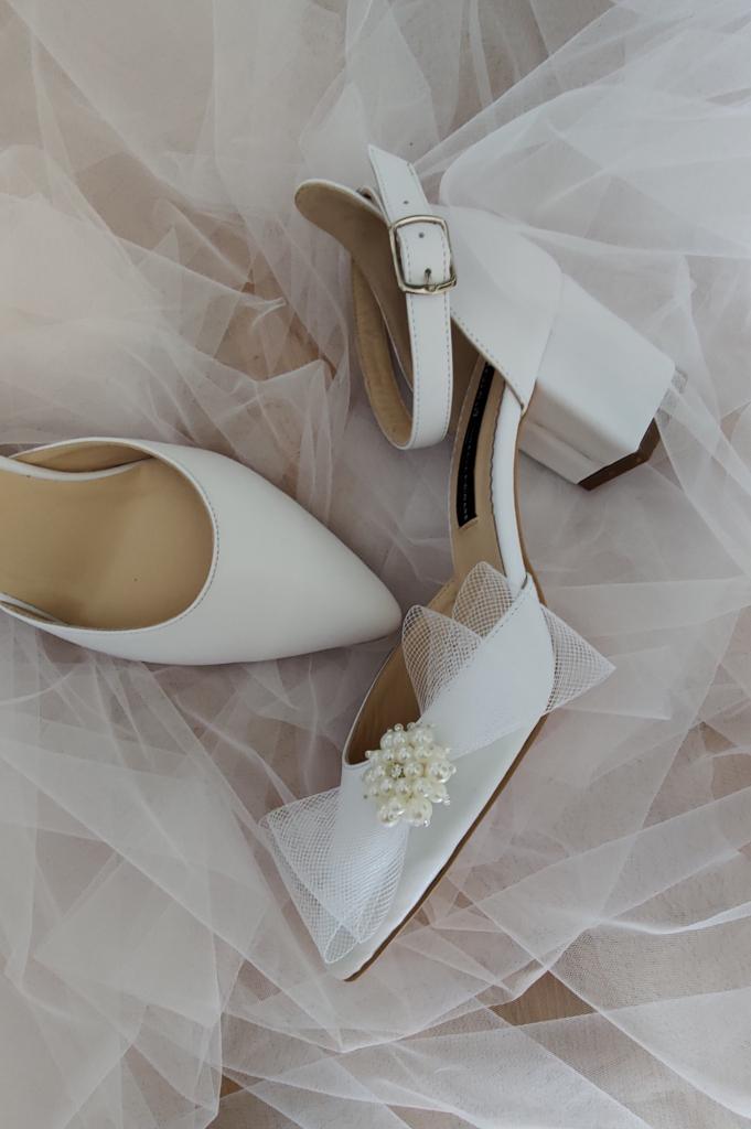 Pantofi de mireasa cu toc mic 2