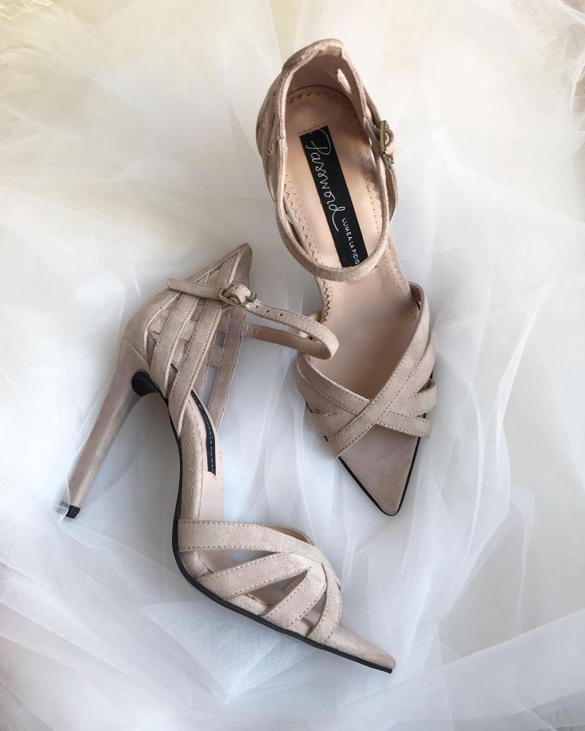 Sandale de mireasa deosebite